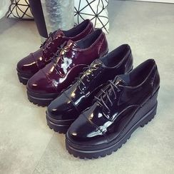 BAYO - Wedge Faux Leather Oxfords