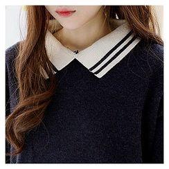 Sechuna - Contrast-Collar Knit Top