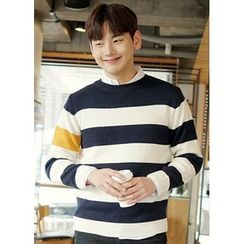 JOGUNSHOP - Crewneck Striped Sweater