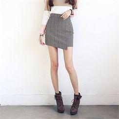 JVLLY - Asymmetric-Hem Check Skirt