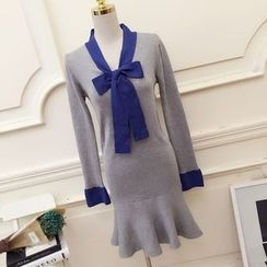 RUI - Bow Detail Ruffle Hem Knit Dress
