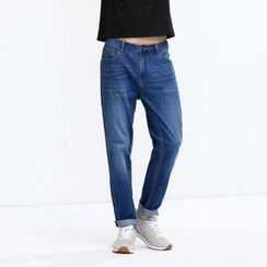 Yishion - Straight Fit Jeans