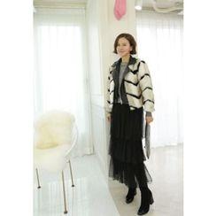 Lemite - Faux-Leather Front Chevron Faux-Fur Jacket