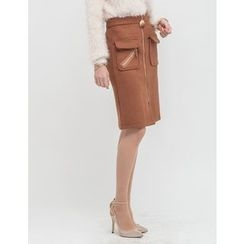 GUMZZI - Pocket-Front Zip Pencil Skirt