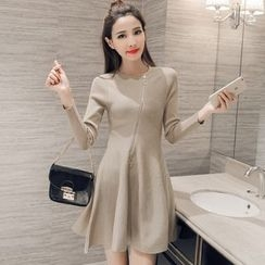 lilygirl - Zip Front Long Sleeve Knit Dress