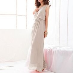 Katemi - Sleeveless Maxi Dress