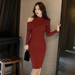 Gl.bY - Long-Sleeve Shoulder Cut Out Sheath Dress