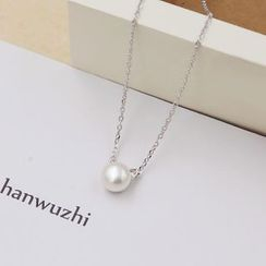 Love Generation - Pearl Short Necklace