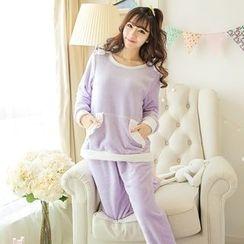 Dreamland - Pajama Set: Contrast Color Fleece Top + Pants