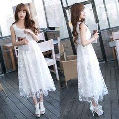 Dowisi - Sleeveless Lace Dress