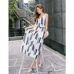 GUMZZI - Sleeveless Pattern Maxi Dress