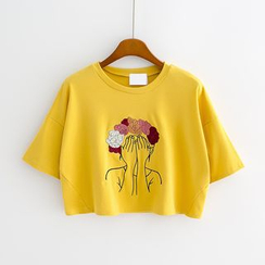 Sunny Day - Embroidered Cropped T-Shirt