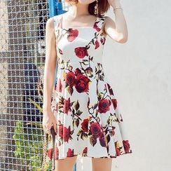 Athena - Sleeveless Printed A-Line Dress