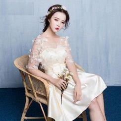 名貴風格 - 花瓣中袖A字禮服裙