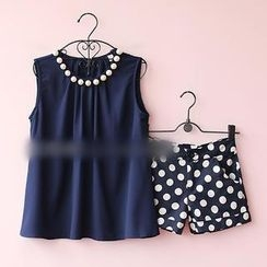 Munai - Set: Sleeveless Beaded Top + Polka-Dot Shorts