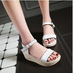 Tomma - Platform Sandals