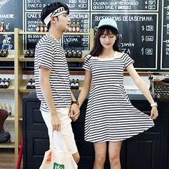Azure - Couple Matching Striped Short Sleeve T-Shirt / Short Sleeve Dress