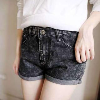 Tokyo Fashion - Cuffed Acid-Washed Denim Shorts
