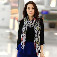 59th Street - Dotted Scarf