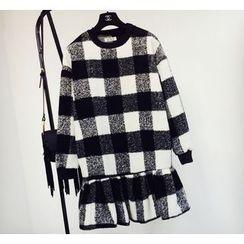 Cotton Candy - 荷葉擺格子套衫連衣裙