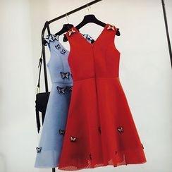 Cotton Candy - 蝴蝶貼布繡無袖A字連衣裙