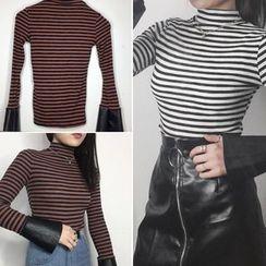 Lokin - Striped Mock Neck Long Sleeve T-Shirt