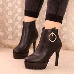 IYATO - Hoop-Accent High Heel Ankle Boots