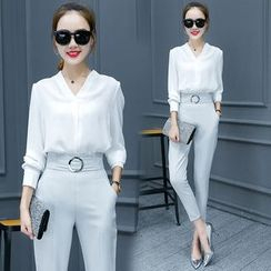 Ashlee - Set: V-neck Long-Sleeve Top + Harem Pants