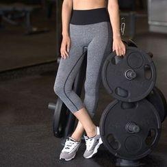 Quinos - 短款瑜伽裤