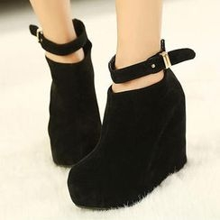 Mancienne - Ankle-Strap Wedge Boots