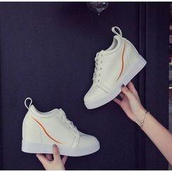 BAYO - Hidden Wedge Sneakers