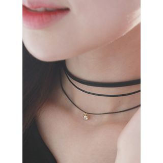 kitsch island - Triple-Layered Choker