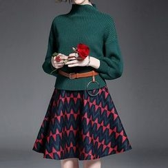 Alaroo - 套裝: 高領垂肩毛衣 + 印花A字裙