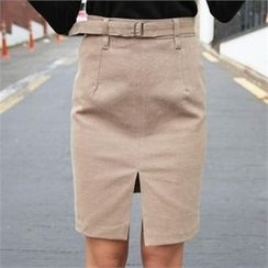QNIGIRLS - Slit-Front Skirt with Belt