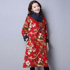 Supernova - Set: Floral Print Long-Sleeve Midi Dress + Scarf