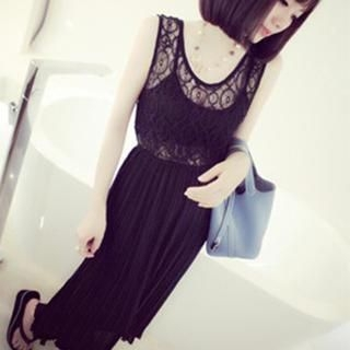 DreamyShow - Sleeveless Crochet Panel Maxi Dress