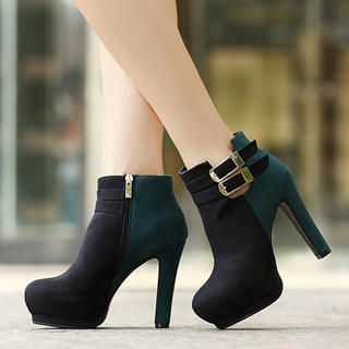 Mancienne - Buckled Platform Ankle Boots