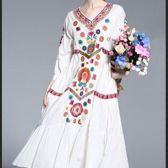 Seagrass - 3/4-Sleeve Embroidery Dress