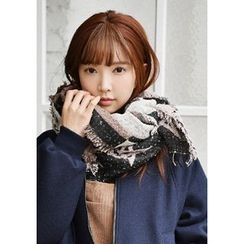 GOROKE - Star Print Fringed Long Scarf