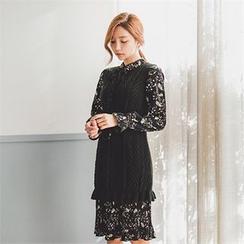 ERANZI - Set: Sleeveless Knit Dress + Flower Patterned Dress