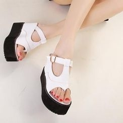Mancienne - Buckled Thong Wedge Mules