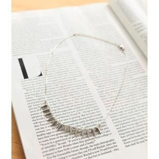 Petit et Belle - Mini Spike Rhinestone Necklace