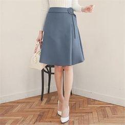 ode' - Buckled-Waist A-Line Skirt