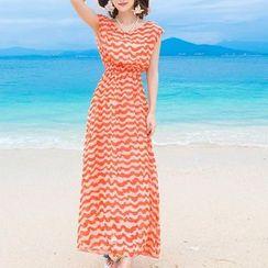 Isadora - Wavy Stripe Sleeveless Maxi Dress