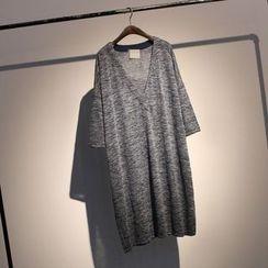 somniaa - V-neck 3/4-Sleeve T-shirt Dress