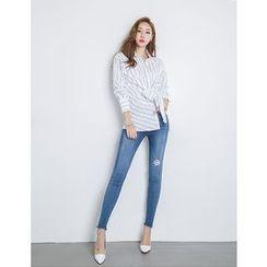 GUMZZI - Tie-Front Pinstripe Shirt