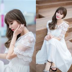 Dowisi - Short-Sleeve Chiffon Dress