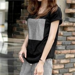 PEPER - Roll-Up Sleeve Studded T-Shirt