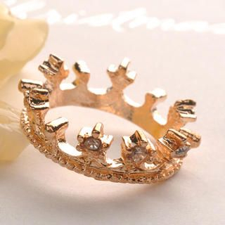 Fit-to-Kill - Diamond Crown Ring - Gold