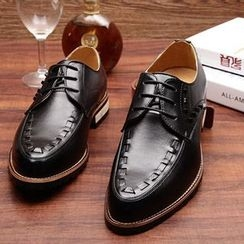 Shoelock - Pointy Studded Oxfords